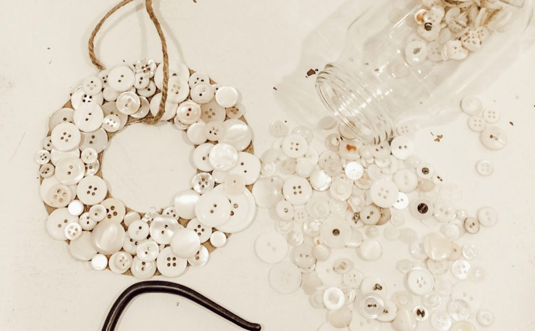 Vintage Button Wreath DIY