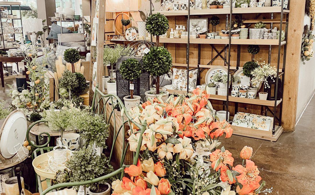 Garden Store & Hanging Baskets.